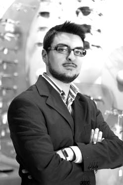 Adriano Lombardi, responsible web and marketing of optical center Vision Light.